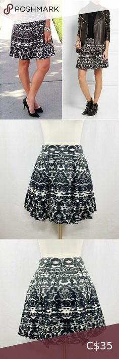Crew Blurred Black and White Ikat Skirt Sz 0 Slip Skirts, A Line Skirts, Ribbon Skirts, White Mini Skirts, Faux Leather Skirt, Merino Wool Sweater, Military Fashion, Flare Skirt