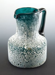 Farbe & Finish - Peacock blue blown glass with corrosive decor beverage pitcher