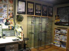 Modeler's Desk, Display and Storage