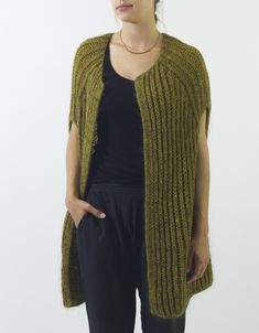 Knitting Pattern for Easy Francis Vest - Easy cocoon vest pattern is knit in Fishermen's rib and is a quick knit on large needles. Easy Knitting Patterns, Coat Patterns, Knit Vest Pattern, Quick Knits, How To Purl Knit, Knit Purl, Pulls, Mantel, Knit Crochet