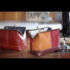 "73d32043e35f ヌメ革ポーチ #がま口ポーチ #レザー #レザークラフト #革 #革小物 #ハンドメイド #ミシン #leather #leathercraft  #handmade #leatherwork #leathergoods #fashion…"""