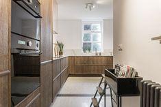 Van kantoorvilla naar droomhuis - Stek Woon & Lifestyle Magazine Nars, Divider, Lifestyle, Furniture, Home Decor, Decoration Home, Room Decor, Home Furnishings, Home Interior Design