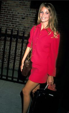 classic Claudia Schiffer in Chanel