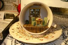 TEaCuP SCeNe ____ConnieSauve ____MiniatureShow