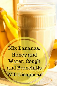 If you have ever had bronchitis, you know how hard it is to treat.Worse of all, when your airway becomes congested, it makes even minor everyday activities seem impossible. Natural Home Remedies, Natural Healing, Herbal Remedies, Health Remedies, Natural Oil, Bronchitis Remedies, Bloating Remedies, Essential Oils For Colds, Cough Syrup