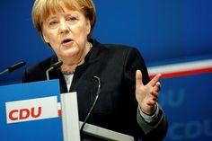 Berlín, 4 feb (EFE).- La canciller alemana, Angela Merkel, afronta el año electoral con el complicado reto de combinar su tradicional templanza como líder de la principal potencia europea y marcar al mismo tiempo su terreno como aspirante a un cuarto mandato.