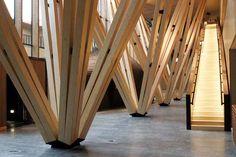 Bundled pillars in the Metla House (Photo: Metla / Erkki Oksanen)
