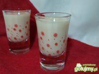 Domowy likier toffi to pyszna propozycja dla wielbicieli słodkich likierków