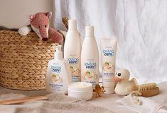 LOVING CARE  En mjuk, omsorgsfull och vårdande seriesom hela din familj kan njuta av, med en mild pH-balanserad formula som intensivt vårdar huden för att förhindra att den torkar ut. Innehåller naturlig mandelmjölk och en kärleksfull doft. Lämplig att använda från 3års ålder och uppåt beautystore.oriflame.se/HELENA