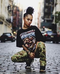 Streetwear is big organization. Streetwear is a crucial role in the fashion industry as well as other styles. Streetwear is a little bit of a weird topic to the majority of people. Streetwear is a means to express the actual… Continue Reading → Hip Hop Fashion, Look Fashion, Teen Fashion, Fashion Outfits, Fashion Trends, Fashion Design, Fashion Fall, Womens Fashion, Fashion Ideas