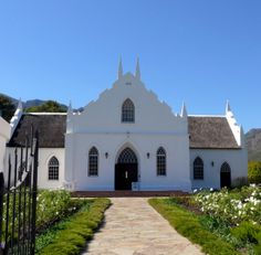A Dutch Reformed Church in South Africa Cape Dutch, Cathedral Church, Old Churches, Church Building, Building Structure, Iglesias, Place Of Worship, City Buildings, Beautiful Architecture