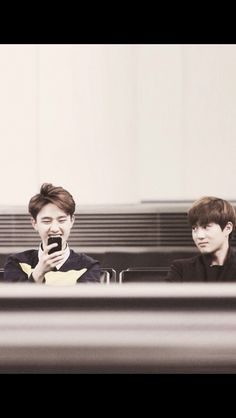 """D.O. and Suho! haha mama suho is like """"kids these days spend way too much time on their phones"""""""
