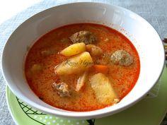 krumplileves húsgombóccal tejfölös habarással, kiadós és tartalmas leves, recept fázisfotókkal, Kocsis Hajnalka receptje