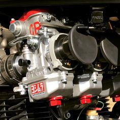 Suzuki Motorcycle, Motorcycle Engine, Motorcycle Art, Engineering Works, Engineering Companies, Espresso Machine, Cars And Motorcycles, Classic Cars, Racing