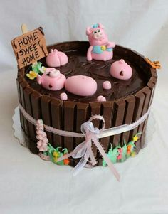 Pigs In A Mud Bath Twix Cake Childrens Cakes Pinterest - Owl percy pig birthday cake