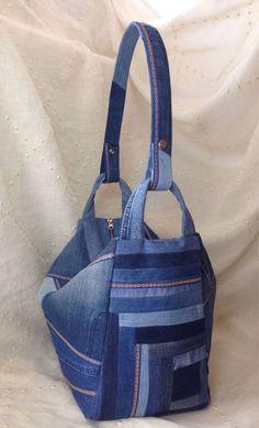 4a2e9ffdc43d Купить или заказать Джинсовая сумка-трасформер в интернет магазине на Ярмарке  Мастеров. С доставкой по России и СНГ. Материалы: джинса, декоративная  лента,…