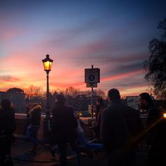 Por do sol... Sempre ele!  #sunset #pontesisto #pordosol #tramonto #roma #rome #romeitaly #europa #europe #eurotrip #amomuito #italia #italy #i#amazing #amoreterno #amazingcity #amare #euamoroma #iloverome #megustaroma #dicasdeviagem #emocionante #fantastico #ferias #goodvibe #loucosporviagem #romaantiga #travel #viagem