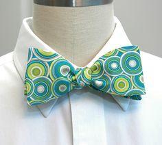 Men's bow tie in retro green, blue and aqua circles. $27.00, via Etsy.