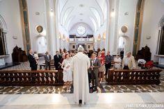 Czasami chrzest święty jest już po mszy świętej... wtedy cała rodzina może być blisko tego ważnego wydarzenia w życiu dziecka i rodziców.