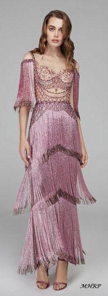 Avondjurken Le Couture.De 5639 Beste Afbeelding Van Pink Dresses Uit 2019 Fashion Show
