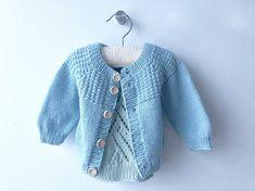 Johns hentesæt - strikket babytrøje - FiftyFabulous