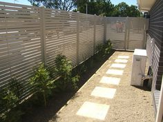 Aluminium, Chainwire, Colorbond, Tubular, Weldmesh, Glass, Picket & Slat Fencing Gallery