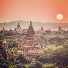 The ancient city of #bagan in the Mandalay region of #myanmar  #sunrise #burma #mandalay #ancient #city #buddhist #buddhism #temples #monastery #archaeology #wanderlust #instatravel #travelling #asia #southeastasia