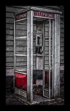 The Airlight phone booth Telephone Booth, Vintage Telephone, Vintage Phones, Guys And Dolls, Old Phone, Lost & Found, Good Old, Phone Holder, Old School