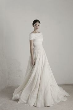Boatneck - Dreamy Off-the-Shoulder Wedding Dresses - Photos