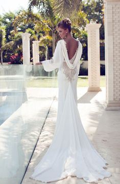 Nurit Hen Wedding Dresses 2014 #bride #bridesdress #bridal #wedding #weddingdress #weddinggown #couture #love #backless #backlessweddingdress #backlessbridesdress #backlessbridaldress #tailed #tailedweddingdress #tailedbridal #nurithen