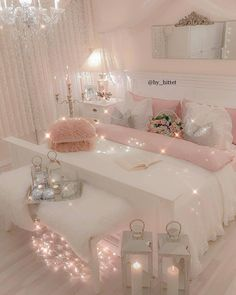 21 Cozy Decor Ideas With Bedroom String Lights is part of Girly Room Decor Ideas - Mesmerizing decoration ideas with bedroom string lights can be found in our photo gallery Discover our ideas for interior and exterior and get inspired Girly Bedroom Decor, Cute Bedroom Ideas, Cute Room Decor, Girl Bedroom Designs, Bedroom Girls, Bedroom Colors, Diy Home Decor Bedroom Girl, Wall Decor, Girl Bedroom Decorations