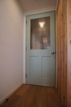 空間社 R:H Door