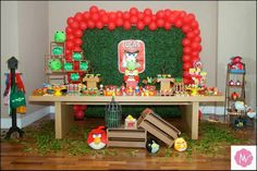 Resultado de imagem para diy angry birds party Bird Theme Parties, Bird Birthday Parties, 4th Birthday, Bird Party, Birthday Ideas, Angry Birds 4, Festa Angry Birds, Birthday Candles, Diy