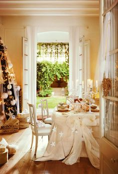A gorgeous house ready for Christmas !!!!!!