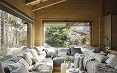 Une cabane de rêve dans la montagne espagnole - PLANETE DECO a homes world Cabin Interior Design, Cabin Design, House Design, Chalet Interior, Chalet Design, Chalet Style, Cabin Interiors, Design Case, Log Homes