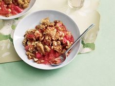 10 Slow-Cooker Recipes For Summer: Strawberry-Rhubarb Crisp http://www.prevention.com/food/cook/?s=10