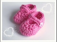 Super easy baby shoes to crochet for girls and boys Baby Knitting Patterns, Baby Dress Patterns, Crochet Patterns, Crochet Baby Clothes, Crochet Baby Shoes, Love Crochet, Booties Crochet, Baby Booties, Baby Chucks