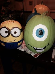 Pumpkins toy story and toys on pinterest for Sully pumpkin template