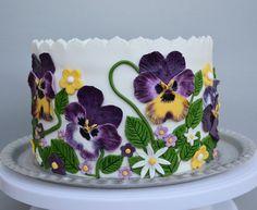 Pansy cake - by benyna @ CakesDecor.com - cake decorating website