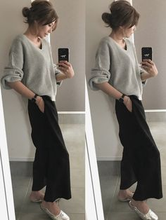 Need the oversized V neck sweater. Office Fashion, Work Fashion, Daily Fashion, Fashion Beauty, Long Skirt Fashion, Modest Fashion, Fashion Outfits, Womens Fashion, Pretty Outfits