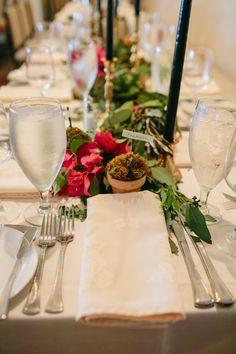 Texas Wedding with Traditional Elegance - MODwedding