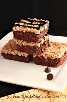 Paleo German Chocolate Brownies / Chocolate brownies with a caramel coconut pecan layer. Grain free with a low carb option.  beautyandthefoodie.com