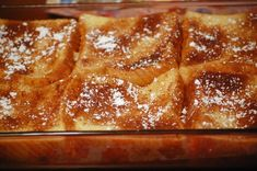 For a healthier take on a breakfast favorite, try this Baked French Toast Recipe. Slices of bread are soaked in eggs and orange juice, then bake in a sweet… Oven Baked French Toast, Baked French Toast Casserole, Overnight French Toast, French Toast Bake, Breakfast Toast, Breakfast Recipes, Breakfast Ideas, Breakfast Casserole, Breakfast Muffins