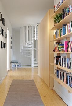 dont love this aesthetic but good place for book shelves!