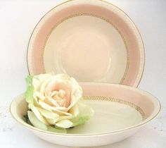 Serving Bowls Made by Homer Laughlin Circa 1943 Pink with Gold Rim Vintage