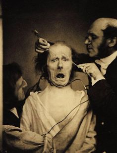34 Really Creepy Vintage Photos That Will Give You Nightmares ~ vintage everyday Old Halloween Photos, Creepy Old Photos, Haunting Photos, Creepy Pictures, Funny Photos, Vintage Bizarre, Creepy Vintage, Vintage Photographs, Vintage Photos