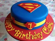 First Birthday Party Cake Superman. Superhero Cake, Superhero Birthday Party, First Birthday Parties, Boy Birthday, First Birthdays, Birthday Ideas, Superman Party, Superman Cakes, Superman Birthday Cakes