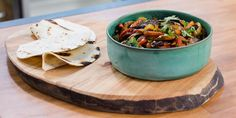 Vegetarian Grilled Portobello and Rajas Salsa Taco with Queso Fresco ~ Bobby Flay Easy Vegetarian Lasagna, Healthy Vegetarian Diet, Tasty Vegetarian Recipes, Paleo, Healthy Recipes, Vegetarian Burgers, Queso Fresco Recipe, Grilled Portobello, Food Network Canada