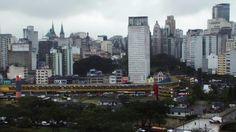 ENTRE RIOS. Entre Rios conta de modo rápido a história de São Paulo e como essa está totalmente ligada com seus rios. Muitas vezes no dia-a-...