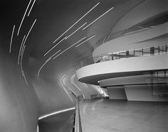 Zaha Hadid Architects Heydar Aliyev Center,© Hélène Binet